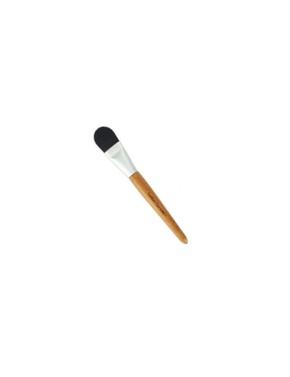Pinceau à base de maquillage n ° 4. Couleur Caramel